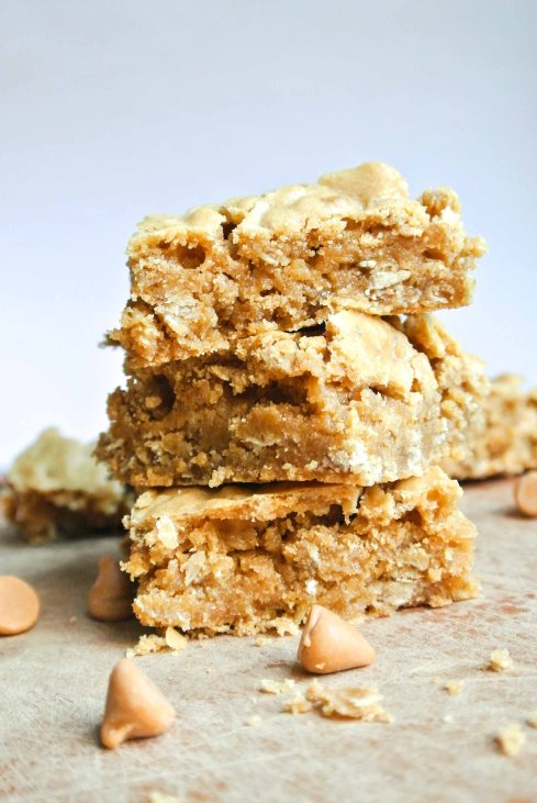 Butterscotch Granola Blondies-4